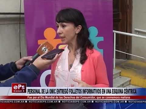 PERSONAL DE LA OMIC ENTREGÓ FOLLETOS INFORMATIVOS EN UNA ESQUINA CÉNTRICA