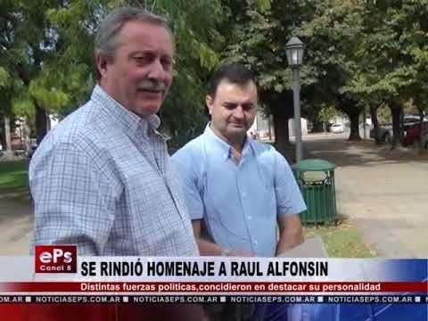 SE RINDIÓ HOMENAJE A RAUL ALFONSIN