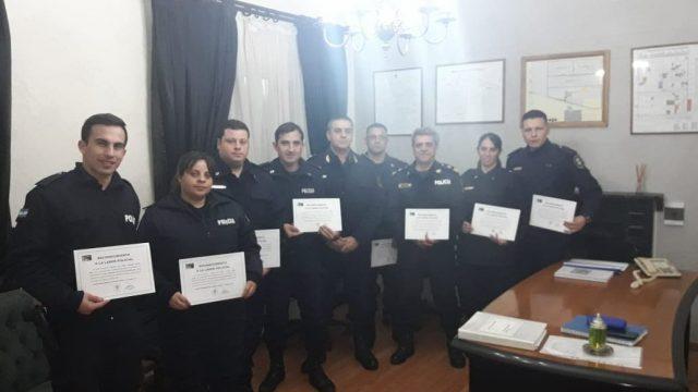 LA JEFATURA DEPARTAMENTAL RECONOCIÓ A POLICÍAS DE NUESTRA CIUDAD