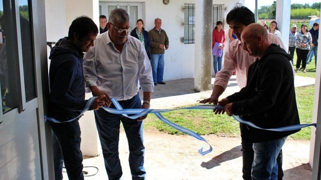 EL INTENDENTE ACOMPAÑO A LOS VECINOS DE MÁXIMO FERNÁNDEZ Y LA LIMPIA EN LA INAUGURACIÓN DE LA SALA DE PRIMEROS AUXILIOS